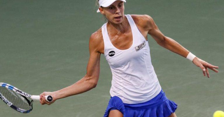 Magda Linette w półfinale turnieju WTA